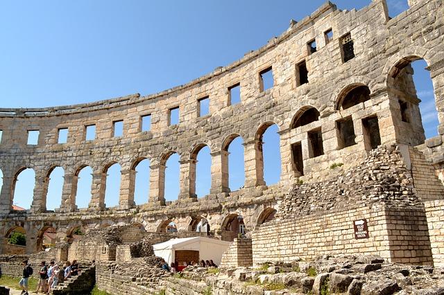 Co warto zobaczyć w Chorwacji – Amfiteatr w Puli