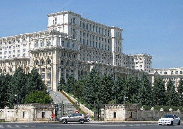 Co warto zobaczyć w Rumunii – Bukareszt